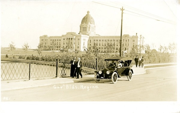 Saskatchewan legislature circa 1920